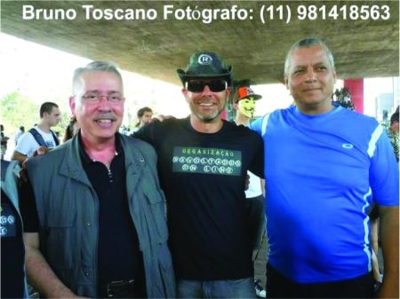 Revoltados_Online07_Bruno_Toscano