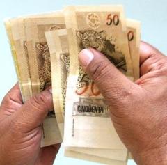 Dinheiro_Contando