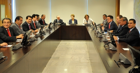 Dilma_Pacto03