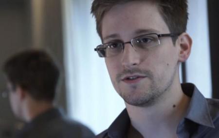 EUA_Edward_Snowden01