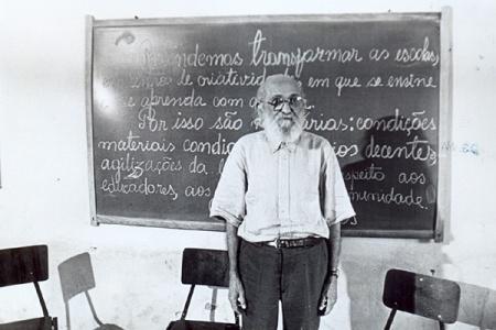 Paulo_Freire_Educador03