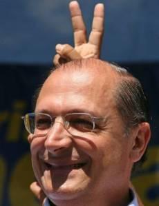 Alckmin_Chifre