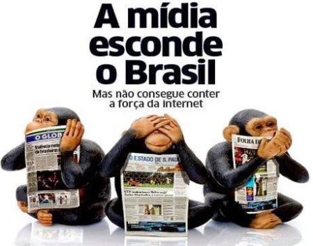 Macacos_Midia_Esconde