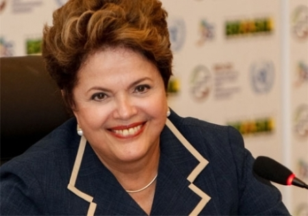 Dilma_Sorrindo04