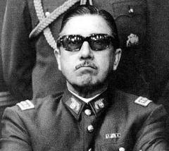 Pinochet01