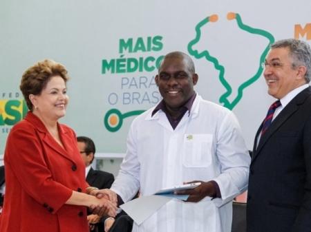 Cuba_Medicos52_Dilma_Juan