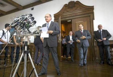 Alckmin_Microfones01
