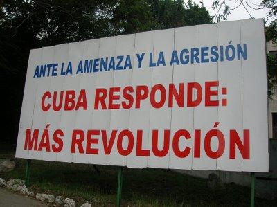 Cuba_Outdoor_Mais_Revolucao