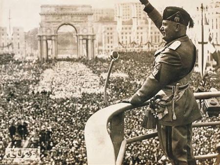 Mussolini02
