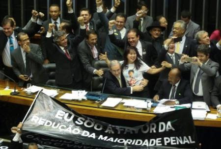 Maioridade_Penal14_Comemoracao