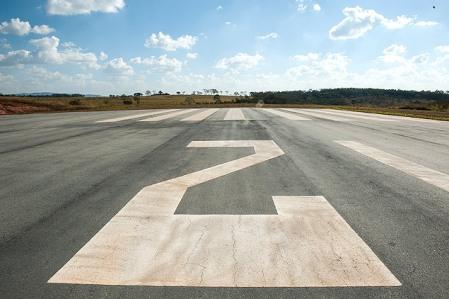 Aecio_Aeroporto24_Claudio