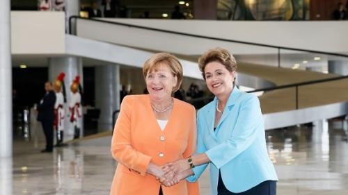 Dilma_Merkel03