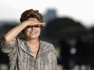 Dilma_Mao_Olhos01