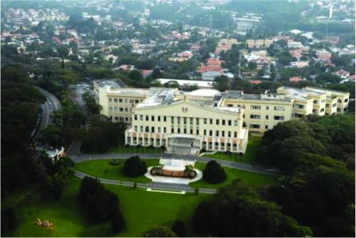 Palacio_Bandeirantes01