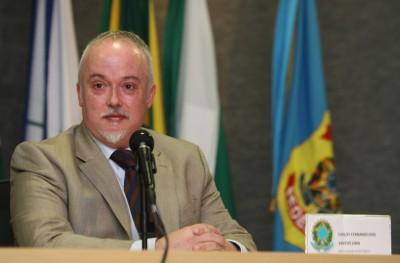 Carlos_Fernando02_Procurador