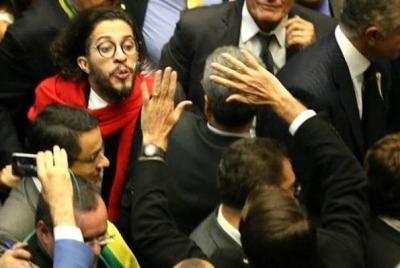 Jean_Wyllys05_Bolsonaro