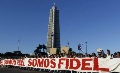 cuba_somos_fidel01_desfile