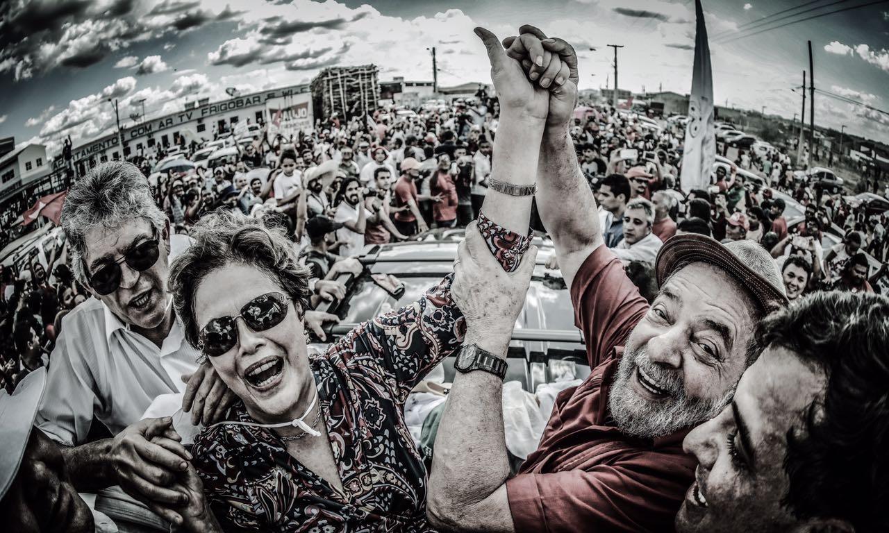 Resultado de imagem para lula e o povo brasileiro